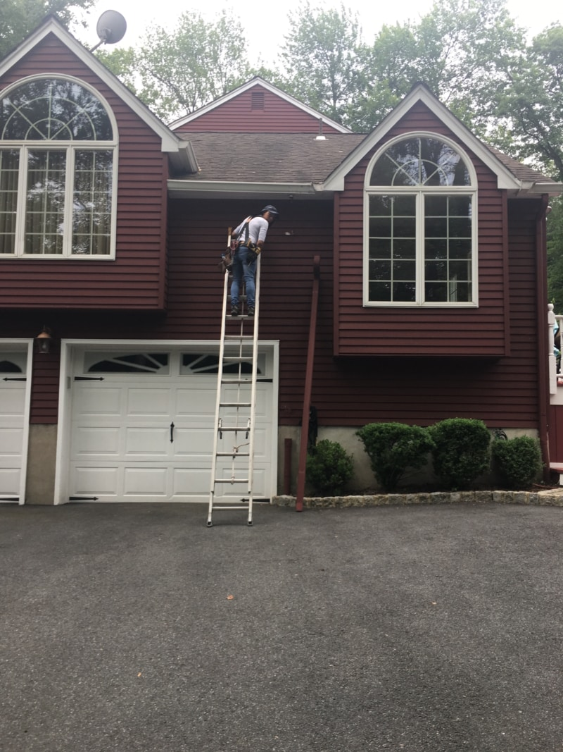 Gutter and Downspouts in Upper Saddle River - Superior Seamless Gutters