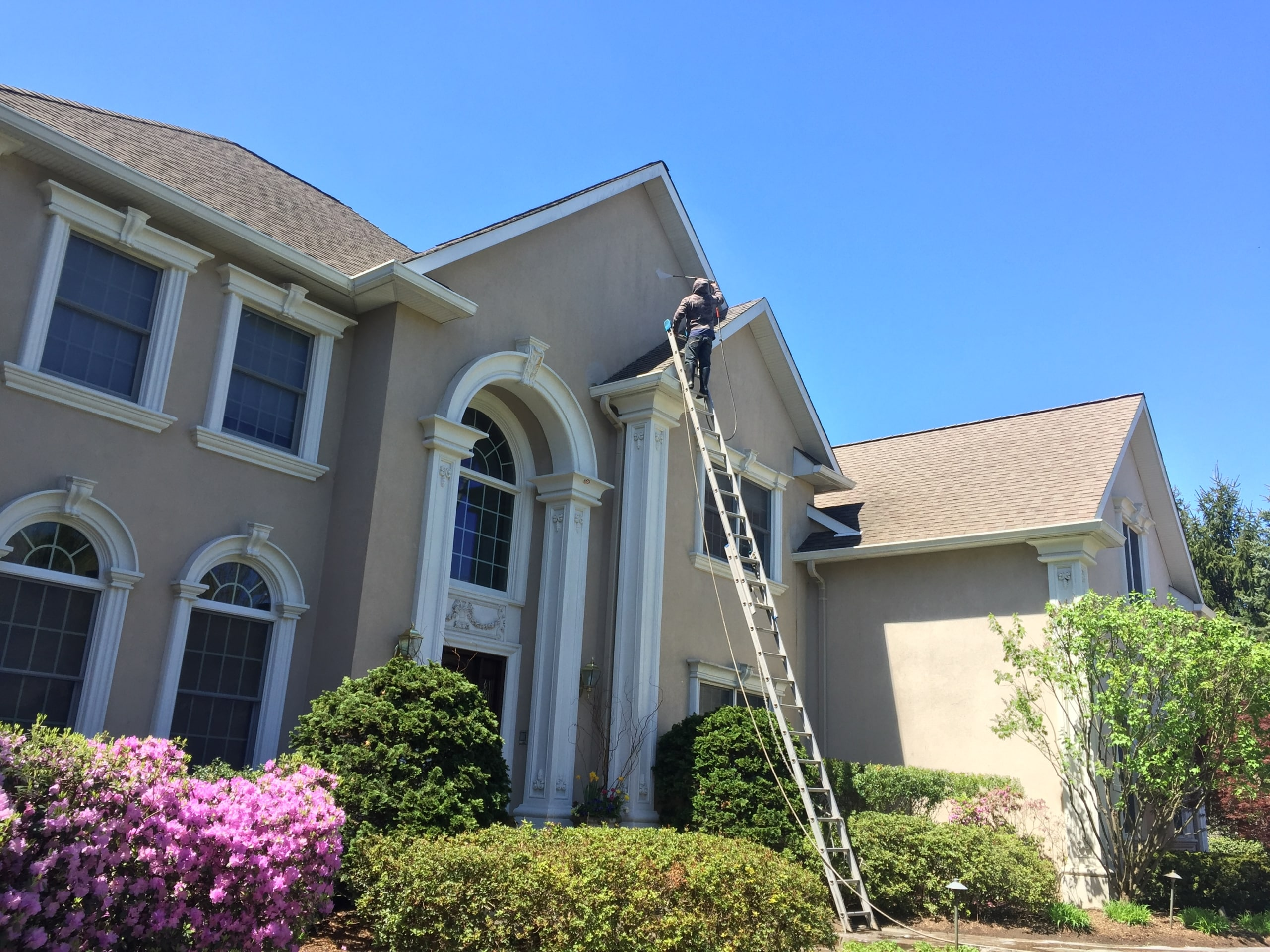 Roof Cleaning And Power Washing In Mahwah Nj Area Bergen